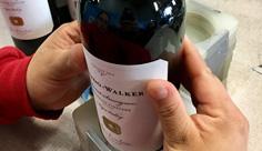 Pulido_Walker_Hand-label_NL_rev
